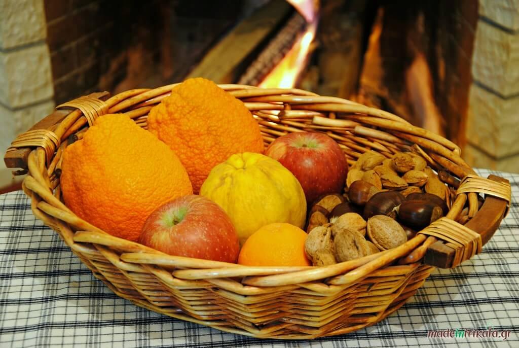 Φρούτα και ξηροί καρποί