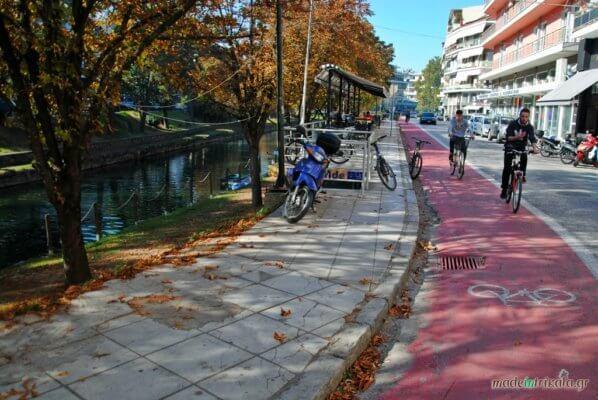 Τρίκαλα, ποδηλάτες στον ποδηλατόδρομο