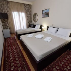 Ξενοδοχείο Παντελιδάκη Τρίκαλα, τρίκλινο δωμάτιο