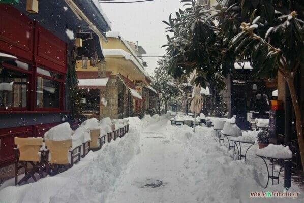 Τα Μανάβικα Τρικάλων χιονισμένα