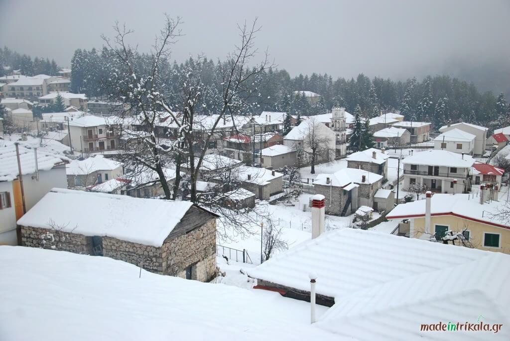 Η Ελάτη χιονισμένη