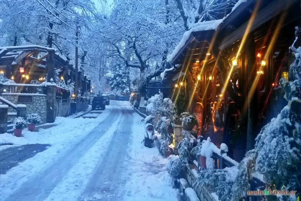 Η Ελάτη Τρικάλων χιονισμένη, καφετέριες & μπαρ Ελάτη, Περτούλι, Νεραϊδοχώρι