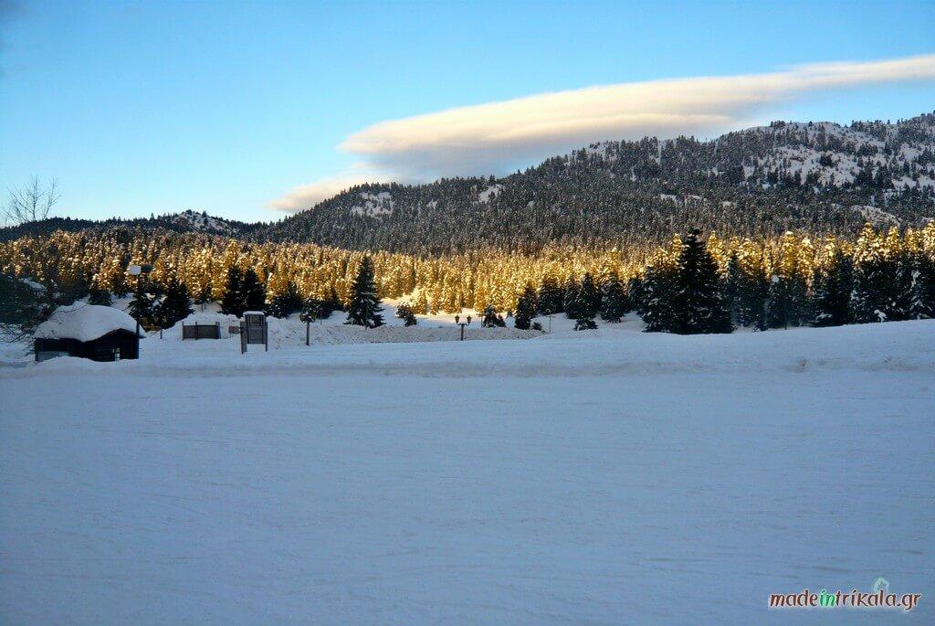 Κόζιακας, τα περτουλιώτικα λιβάδια χιονισμένα