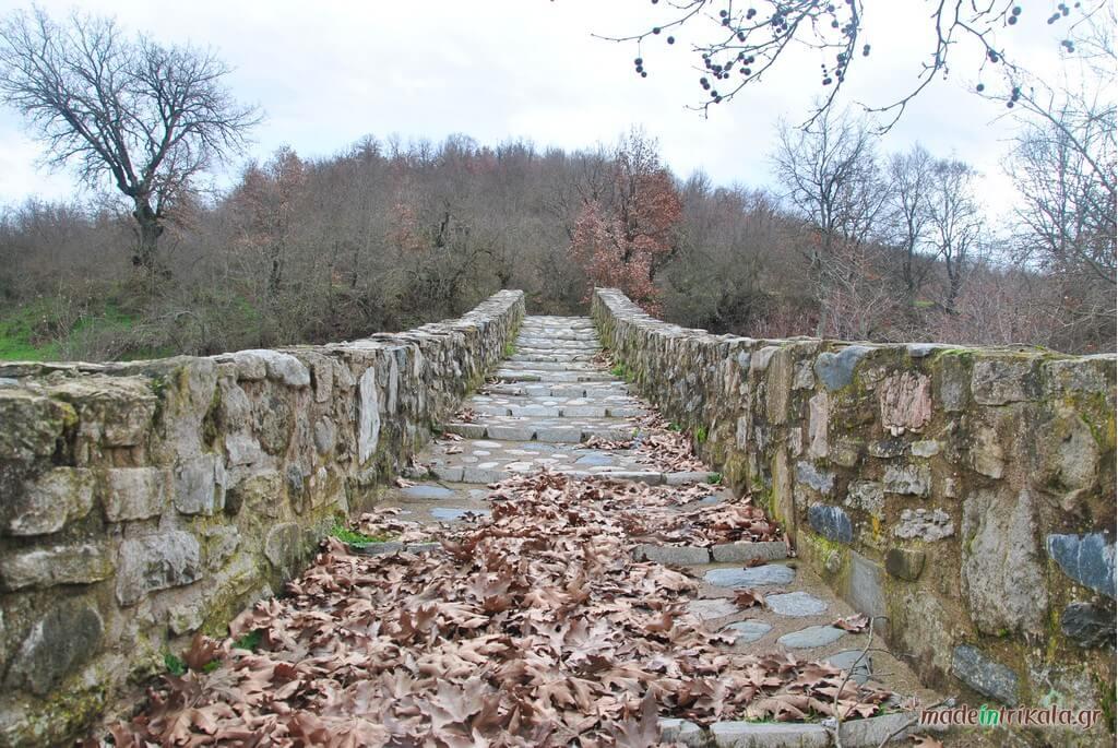 Γεφύρι του Ψείρα, ένα από τα μνημεία της Καλαμπάκας